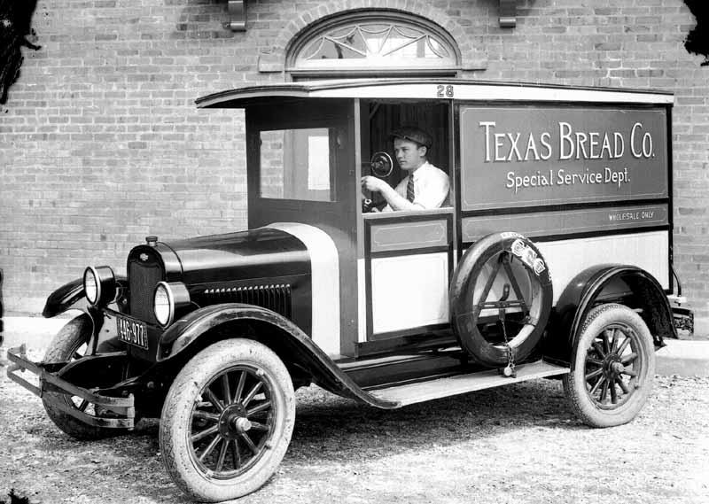TrucksVansTexasBread 74849 Bytes Texas Bread Company
