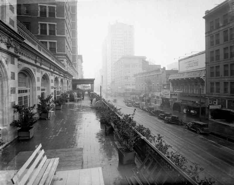HISTORIC HOTELS OF HOUSTON TEXAS