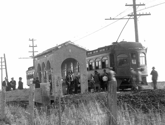 TRAINS OF HOUSTON AND EAST TEXAS